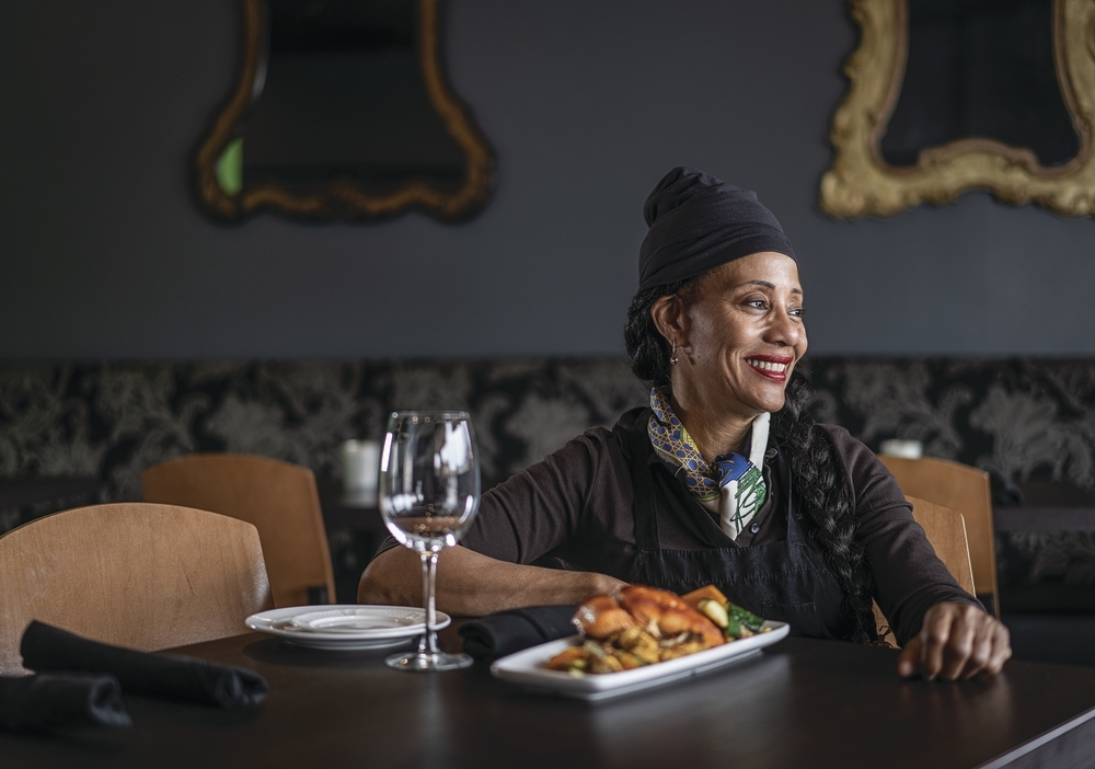Chef Aurore De Beauduy Yasinsky On Scottsdale S Sapiens Paleo Kitchen And Cooking For Ray Charles
